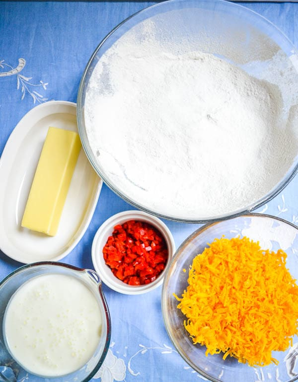 easy pimento cheese biscuit ingredients