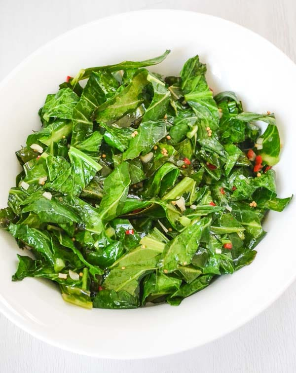 sautéed collard greens with garlic and pepper